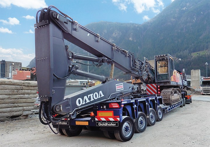 Goldhofer lowloader semi trailer
